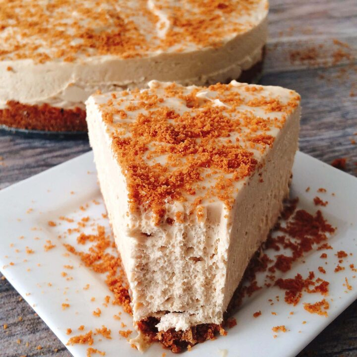 Cookie Butter No Bake Cheesecake