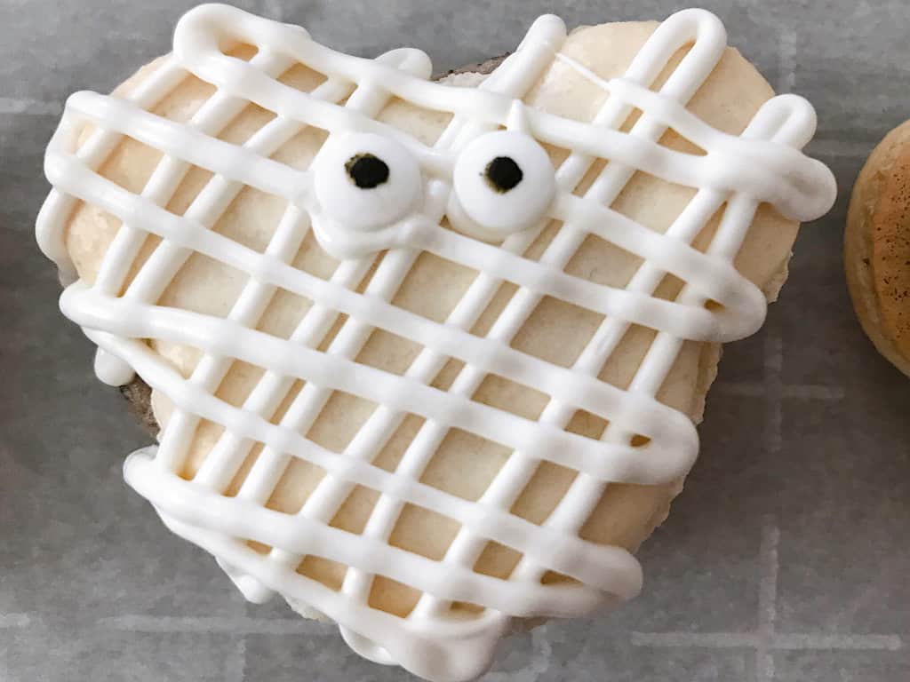 Mickey Mummy Macaron