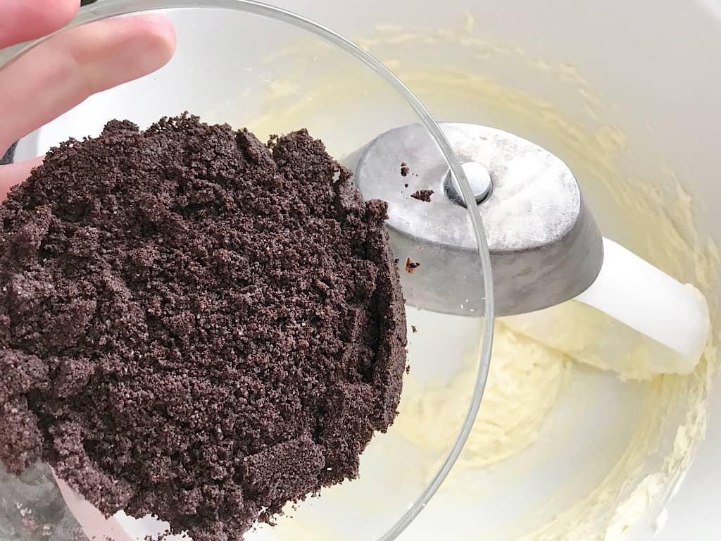 OREO crumbs for Mickey Mummy Macaron filling.