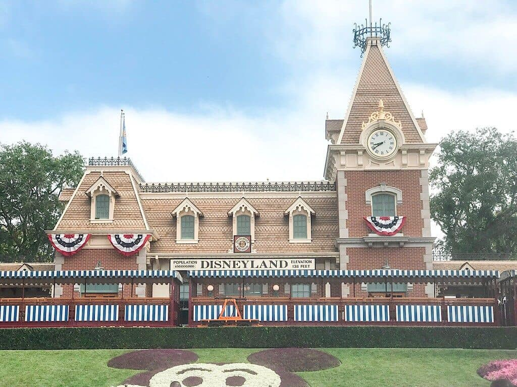 Disneyland Train Staition