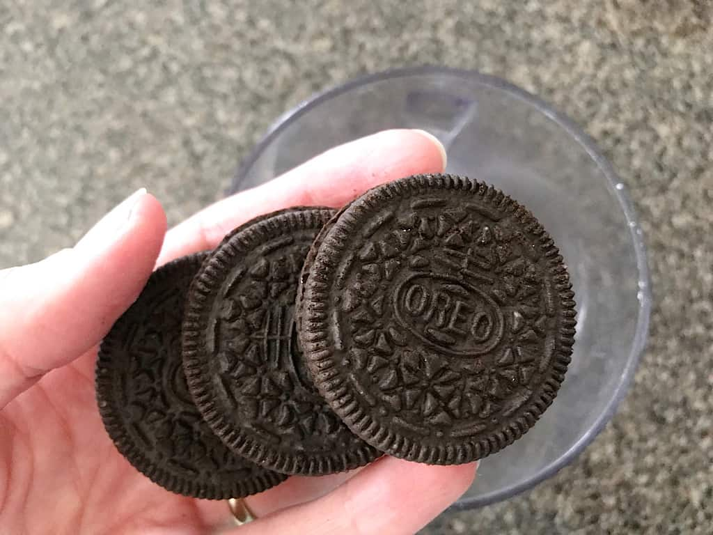OREOS to make edible dirt for graveyard cupcakes