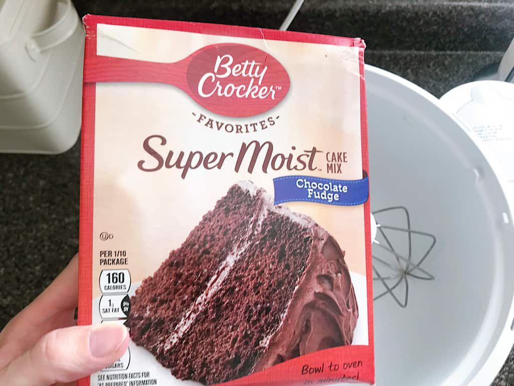 Chocolate Cake Mix to Make Graveyard Cupcakes