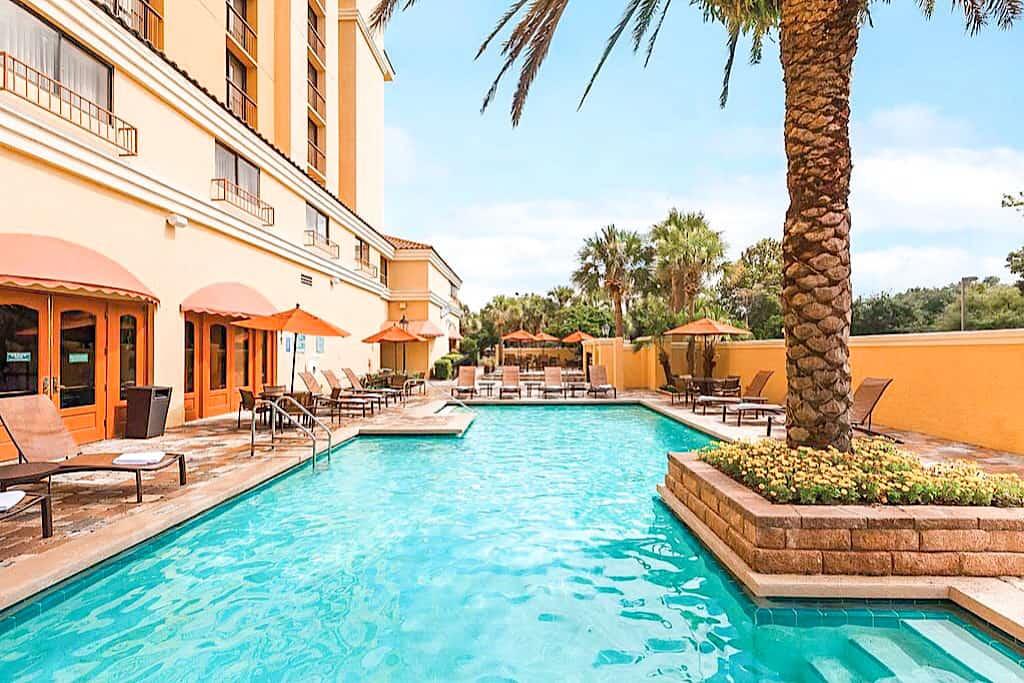 Embassy Suites Outdoor Pool Orlando International Drive