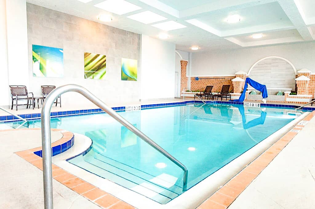 Indoor Pool Embassy Suites Orlando International Drive