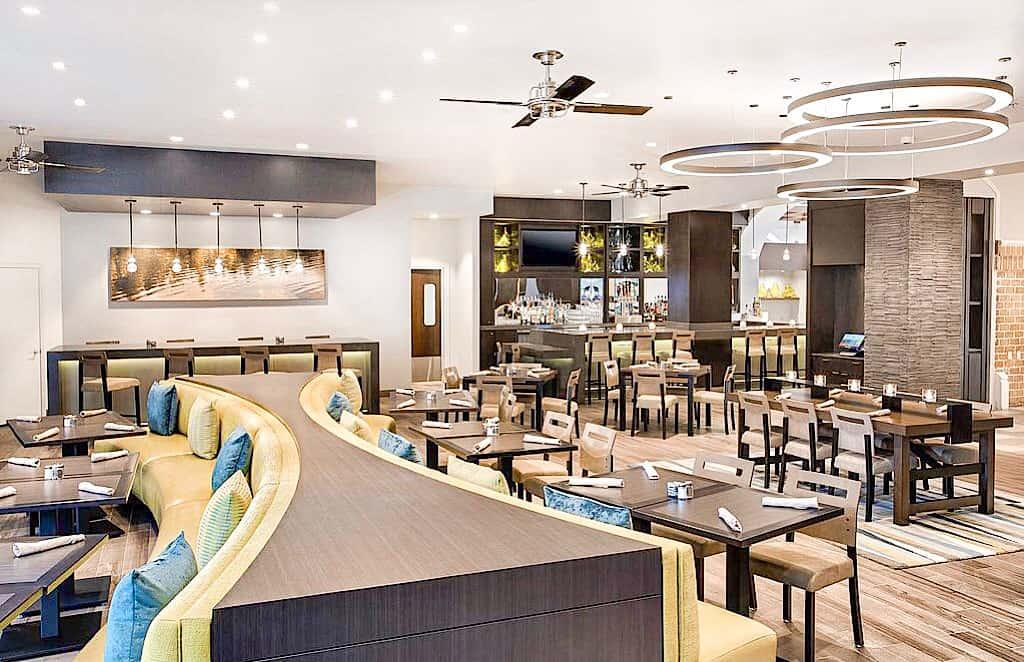 In House Restaurant Embassy Suites Orlando International Drive