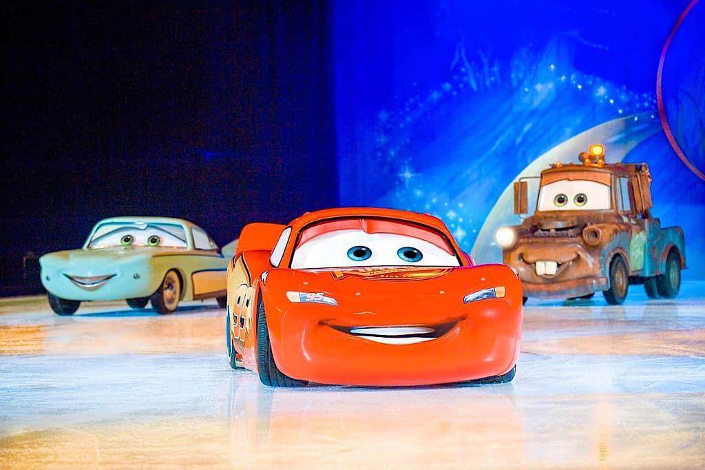 Lightning McQueen in Disney on Ice Worlds of Enchantment