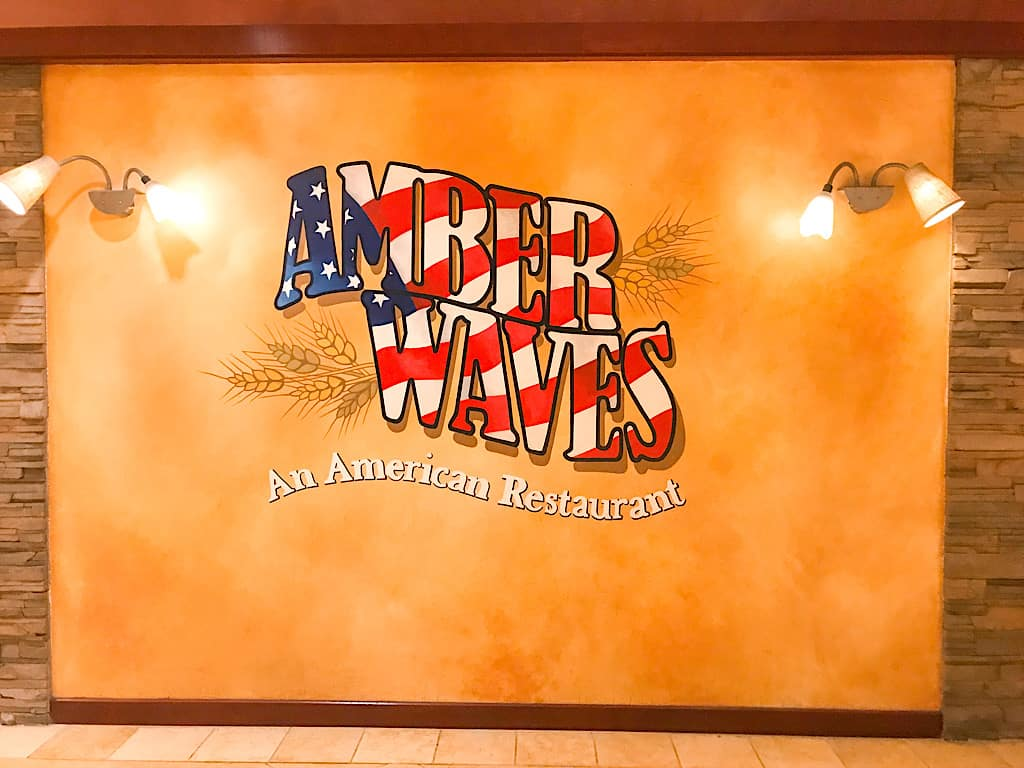 Amber Waves Restaurant in Knott's Berry Farm Hotel