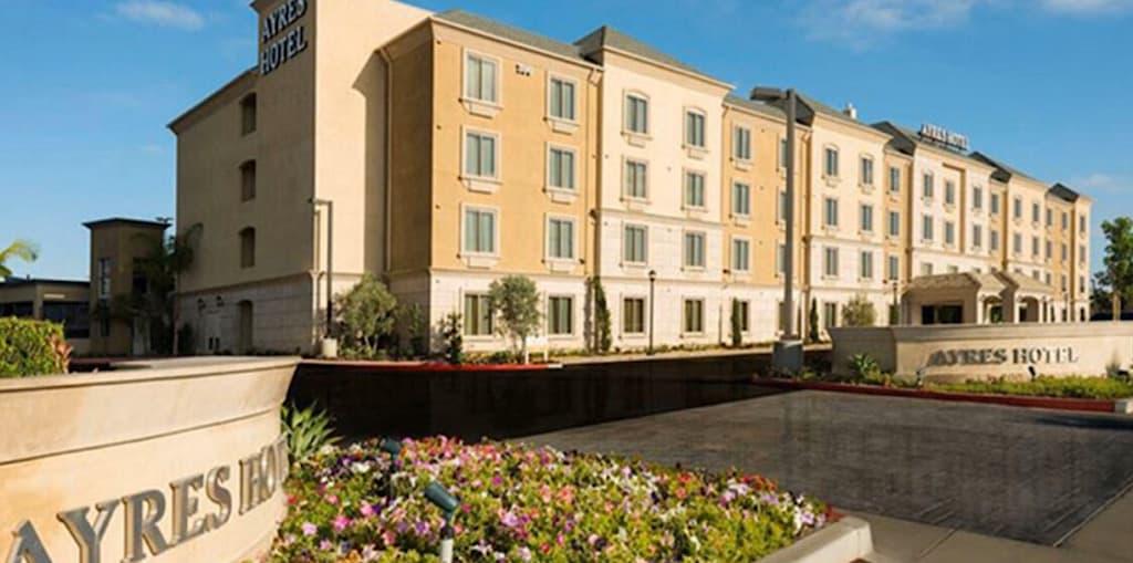 Ayers Hotel Orange