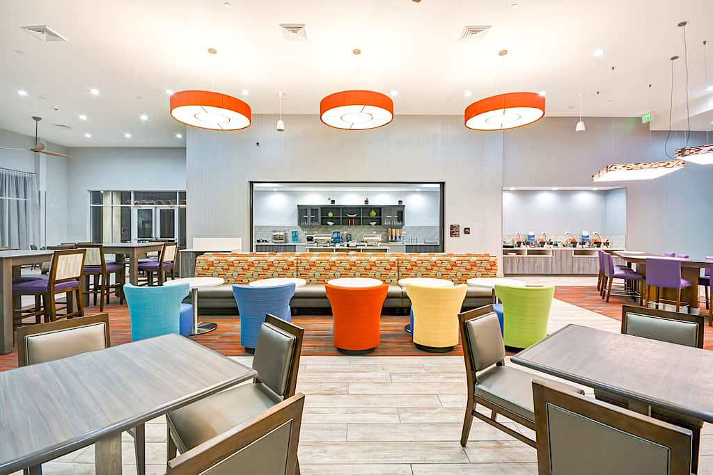 Homewood Suites by Hilton Orlando Theme Parks Breakfast Area