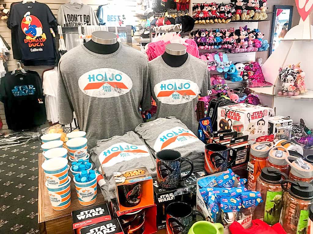 Souvenirs at the gift shop at HoJo Anaheim
