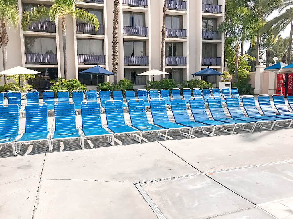 Lounge chairs at Knott's Berry Farm Hotel Pool