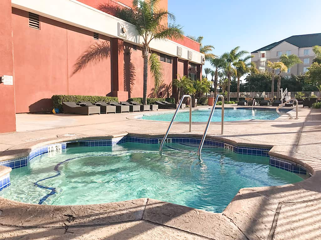 Embassy Suites Anaheim South Pool & Spa
