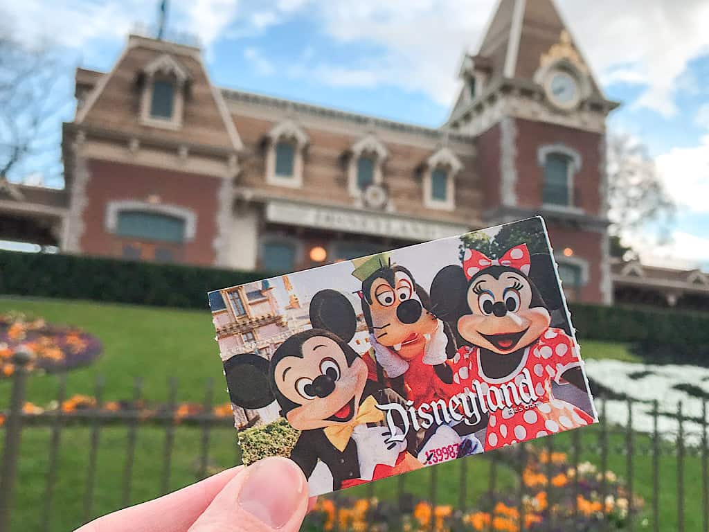 Disneyland Park Hopper Ticket