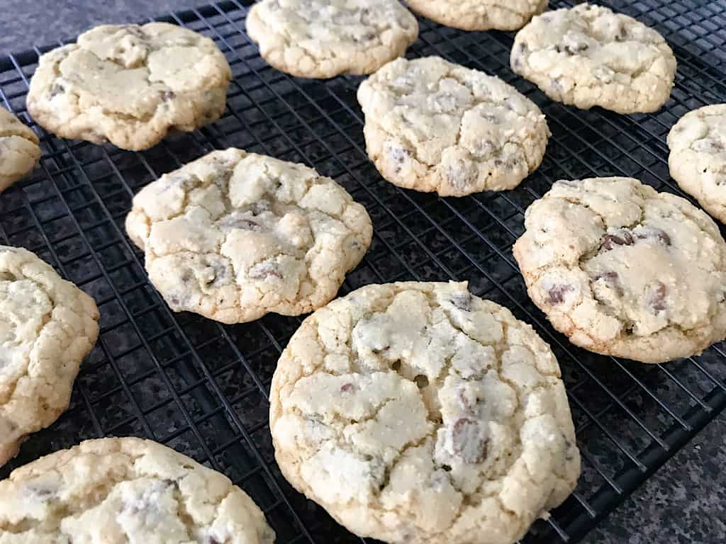 Allow the cookies to rest for 1 minute, then transfer to a cooling rack.