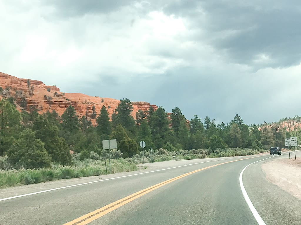 Driving into Bryce Canyon National Park