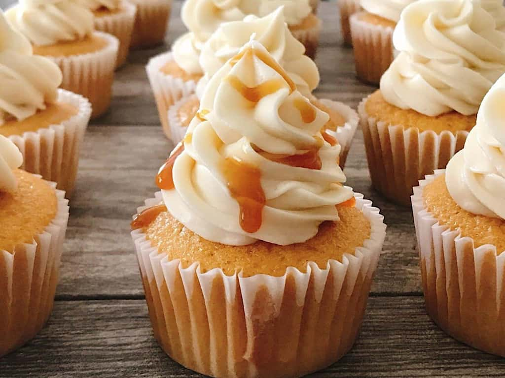 Butterbeer cupcakes drizzled with caramel