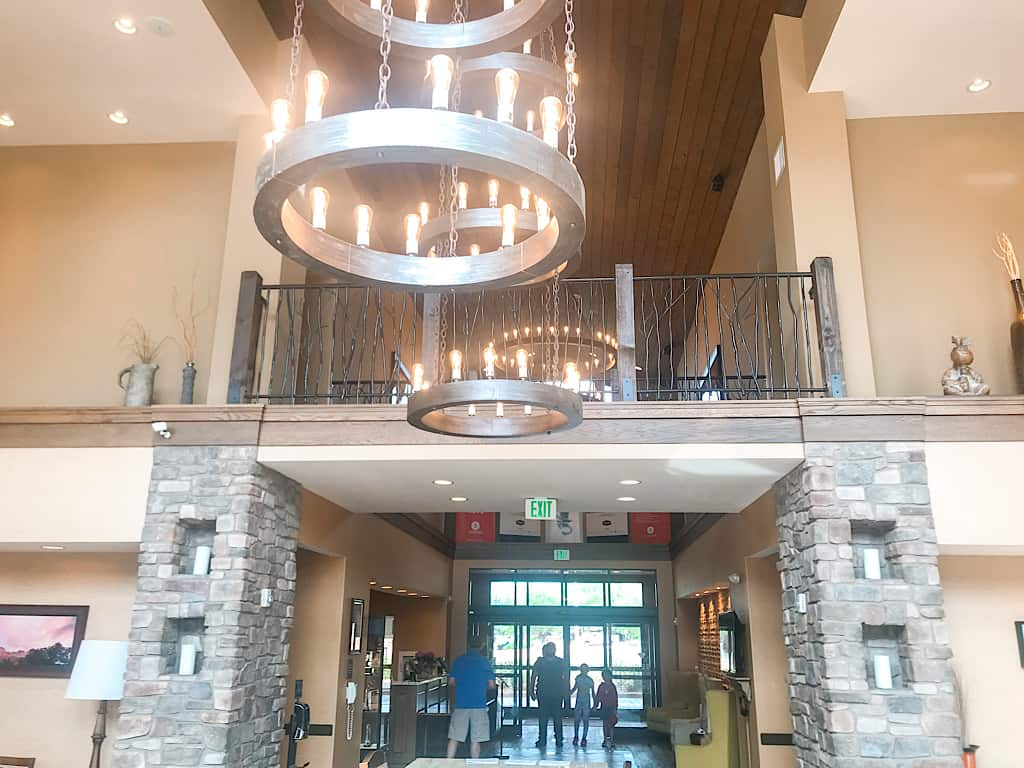 Lobby of Hampton Inn & Suites Springdale