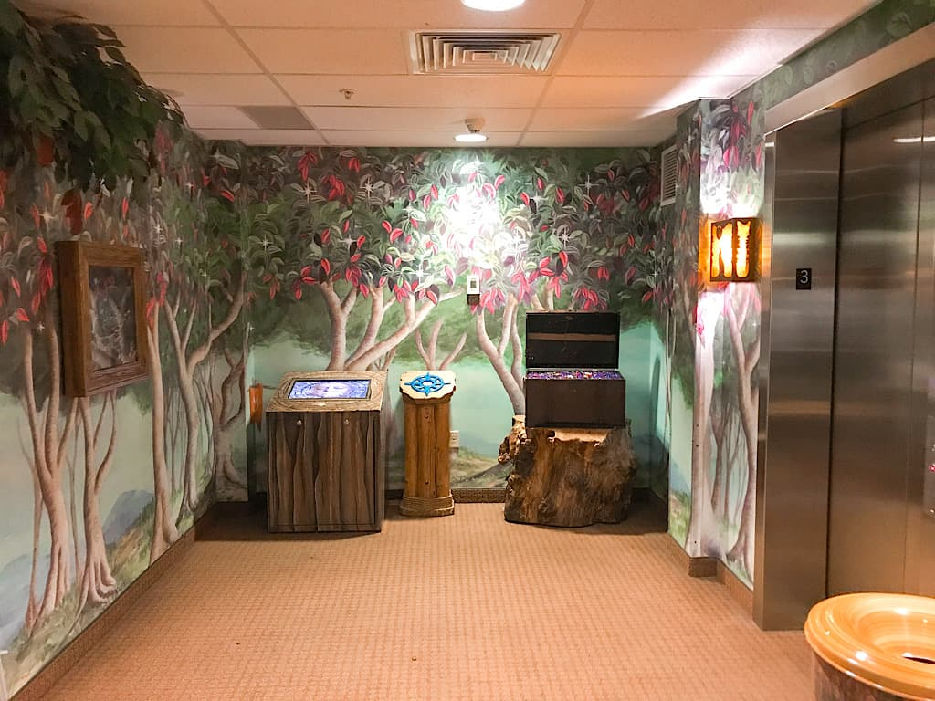 MagiQuest area near elevator at Great Wolf Lodge