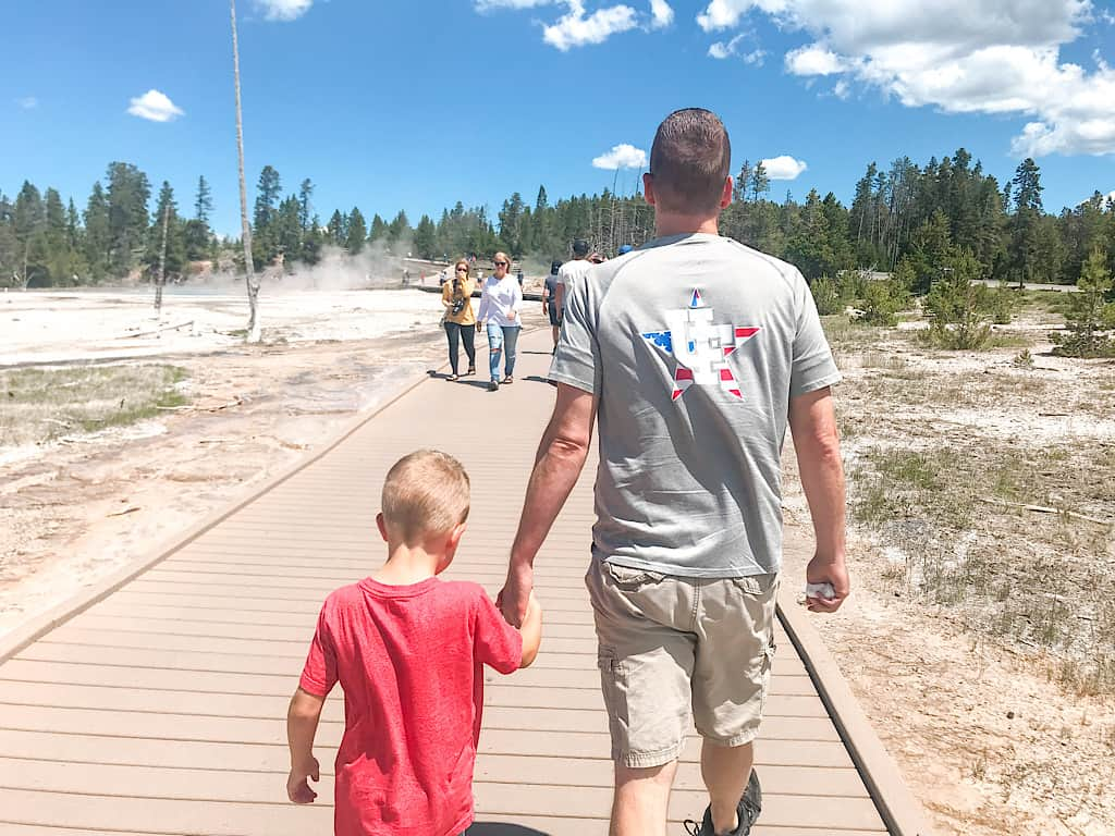 A dad and a child at Yellowstone