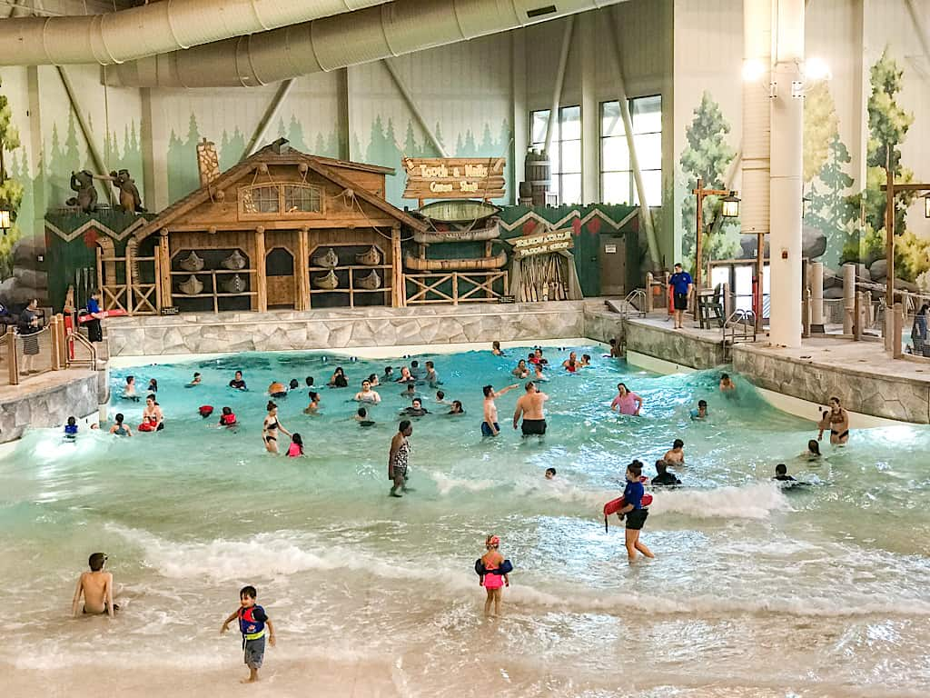 Wave pool at Great Wolf Lodge Washington