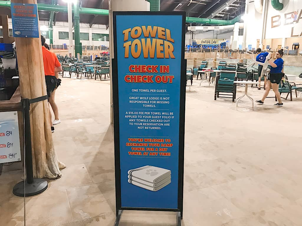 Towel sign in water park at Great Wolf Lodge