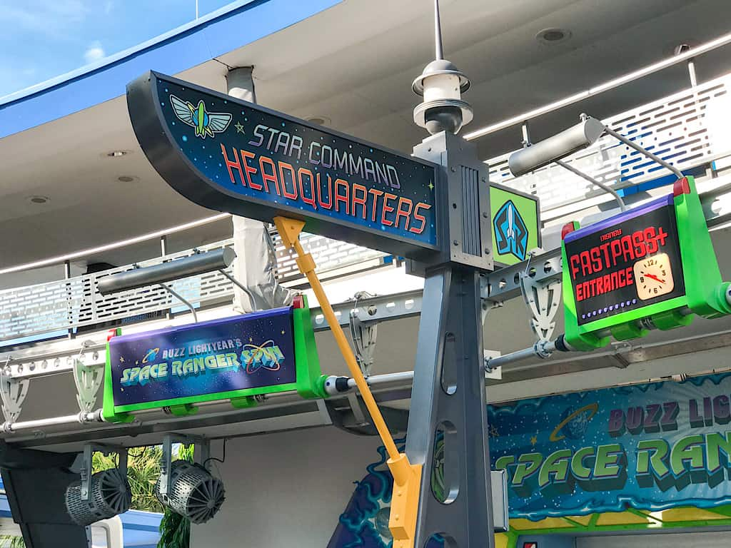Entrance sign for Buzz Lightyear's Space Ranger Spin