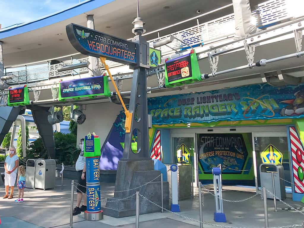 Entrance to Buzz Lightyear's Space Ranger Spin entrance