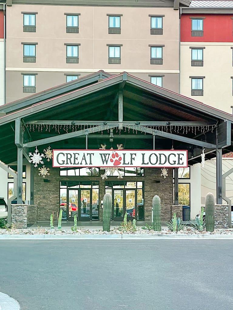 Entrance to Great Wolf Lodge Arizona