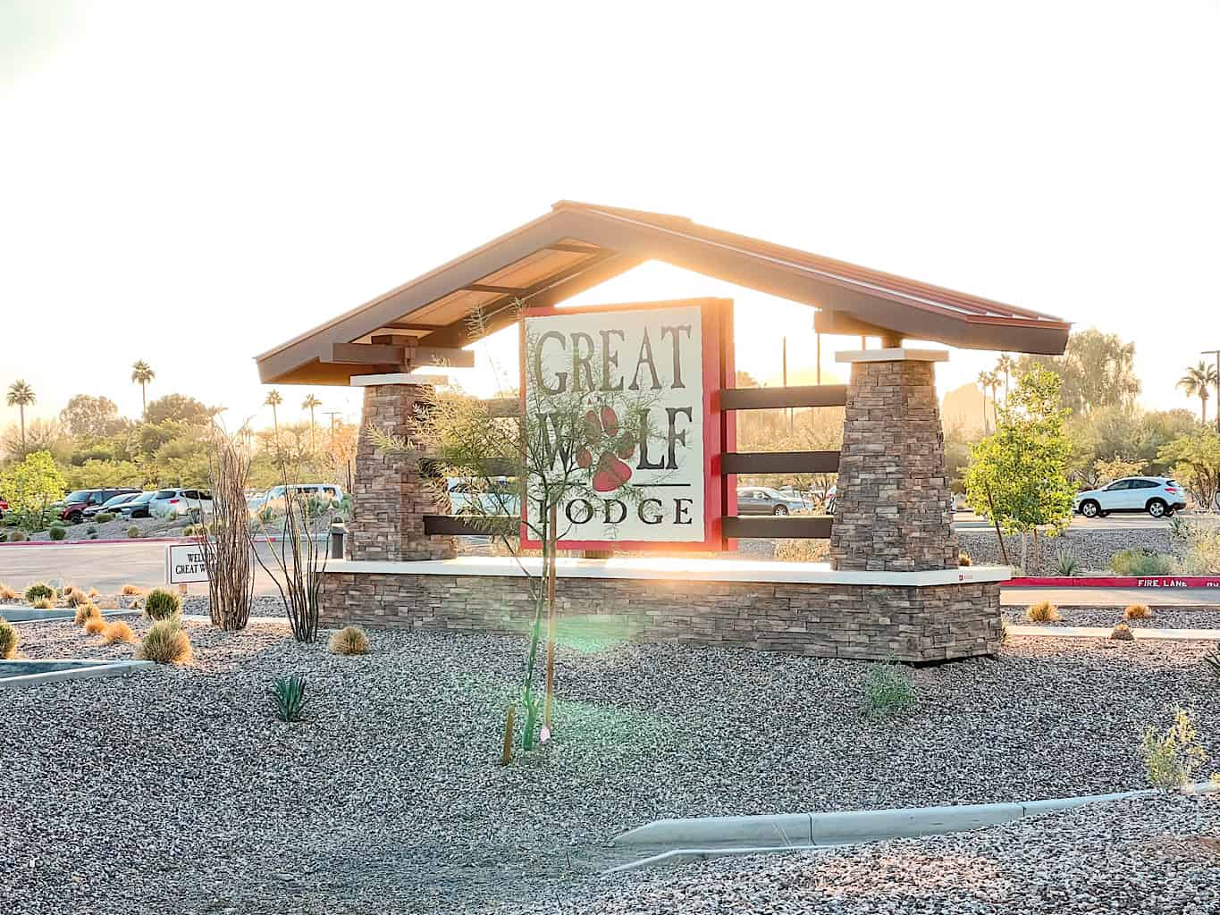 Street sign for Great Wolf Lodge in Arizona