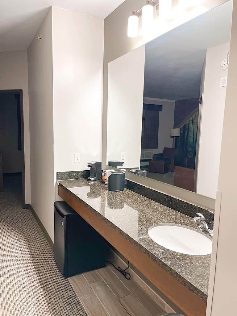 Extra Sink, counter space, and mini fridge inside Grizzly Bear Suite at Great Wolf Lodge in Arizona