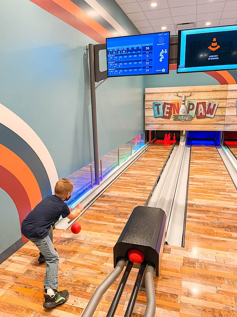 A child bowling at Great Wolf Lodge
