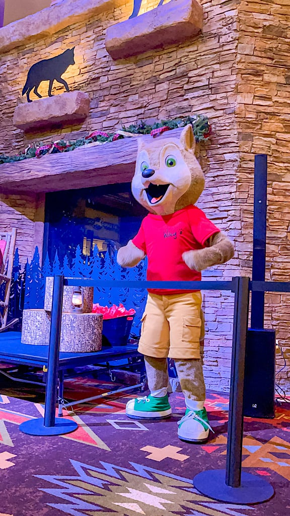Wiley Wolf at Great Wolf Lodge Arizona for Story Time