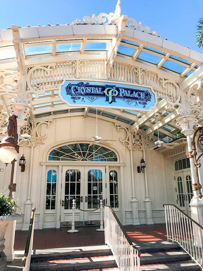 The entrance to Crystal Palace restaurant at Magic Kingdom.