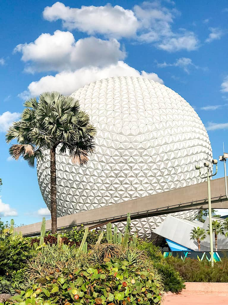 A picture of Spaceship Earth at Epcot