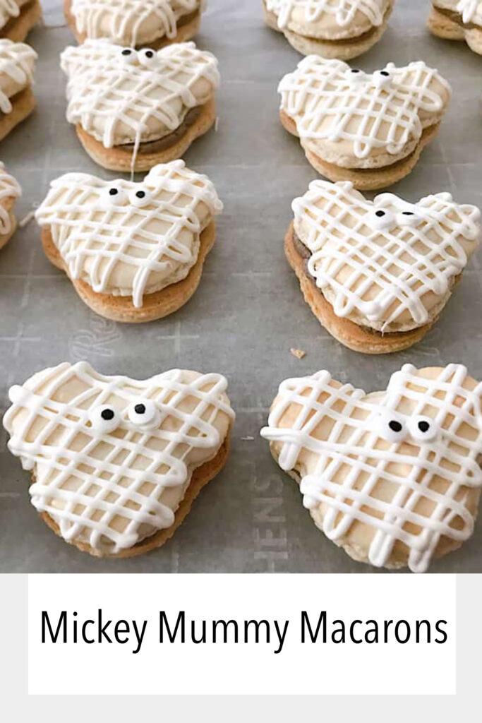 Mickey Mummy Macarons