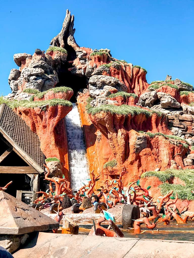 A picture of Splash Mountain at Disney's Magic Kingdom.