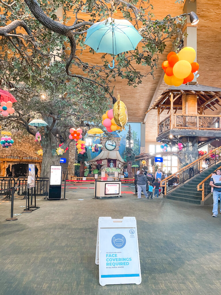 Lobby of Great Wolf Lodge in Grapevine Texas.