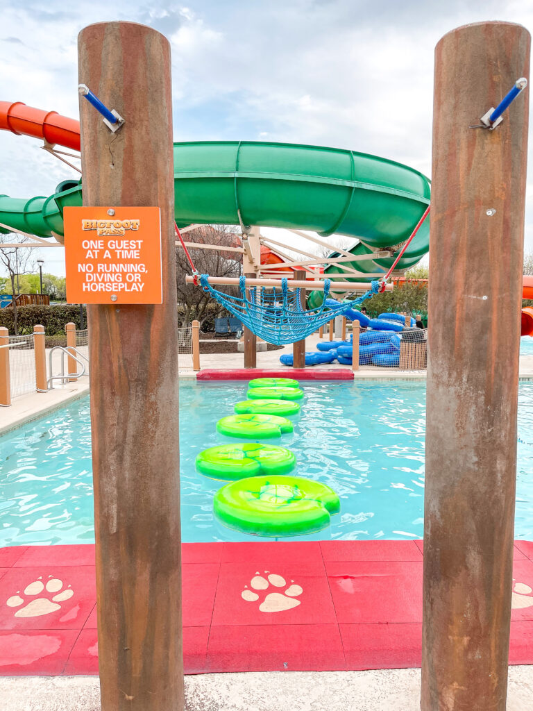 Outdoor water park at Great Wolf Lodge Grapevine.