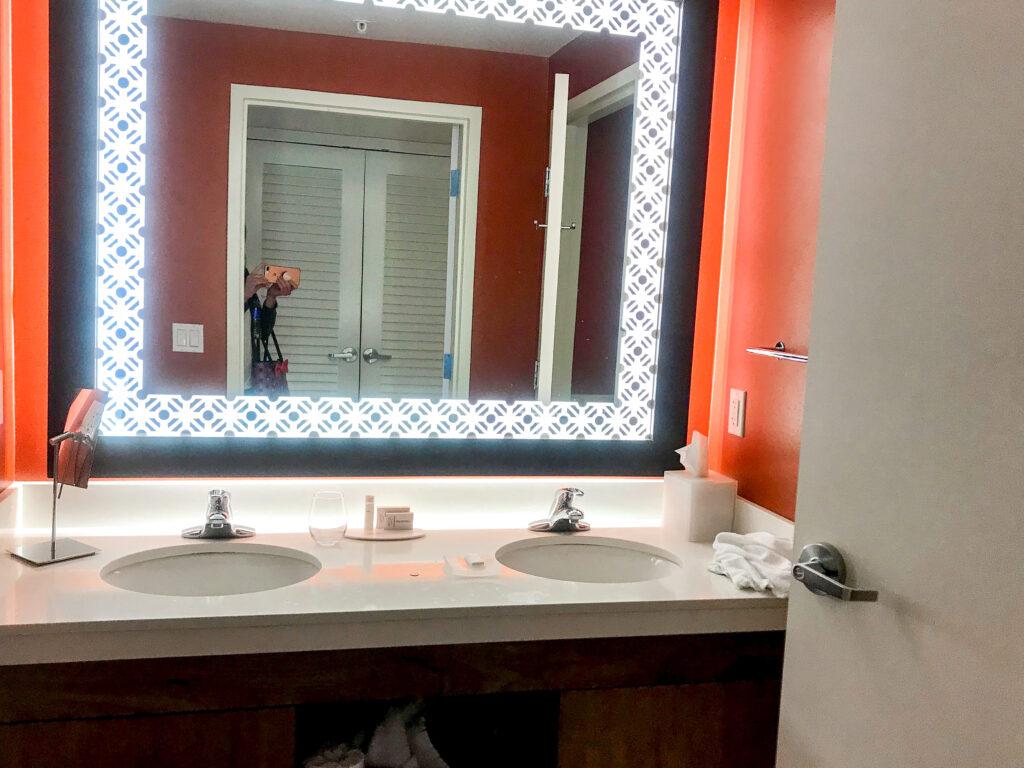 Bathroom vanity at Courtyard Anaheim Theme Park Entrance.