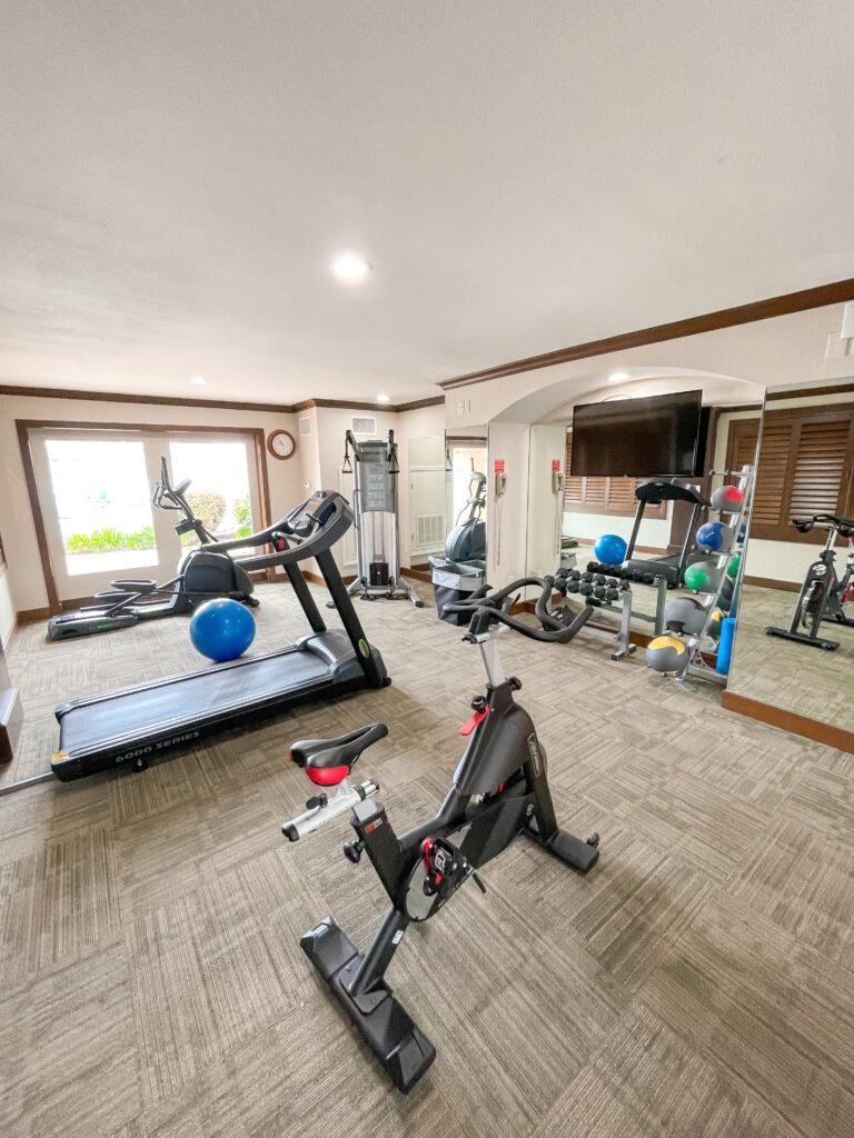 Best Western Island Palms fitness room.