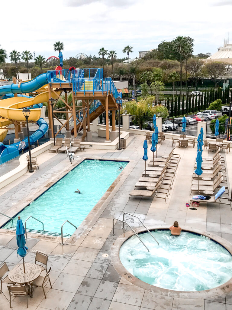 Pool, water slides and hot tub at Courtyard Anaheim Theme Park Entrance.