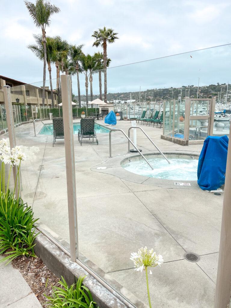Casa Del Mar Building pool and hot tub area.