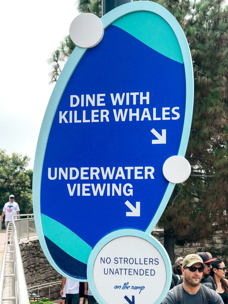 Dine with Orcas sign.