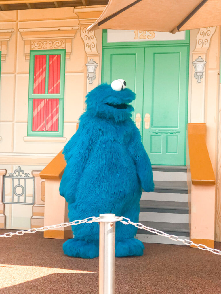 Cookie Monster character at Sea World.